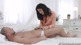 Dude gets horny after a footrub, fucks his masseuse's ass